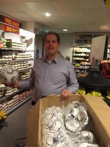Elbert van den Doel, bedrijfsleider van de Plus in Veldhuizen